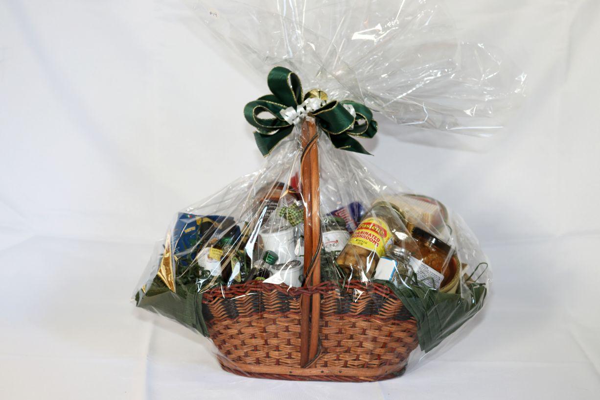 Gift Basket: Mama Mia!
