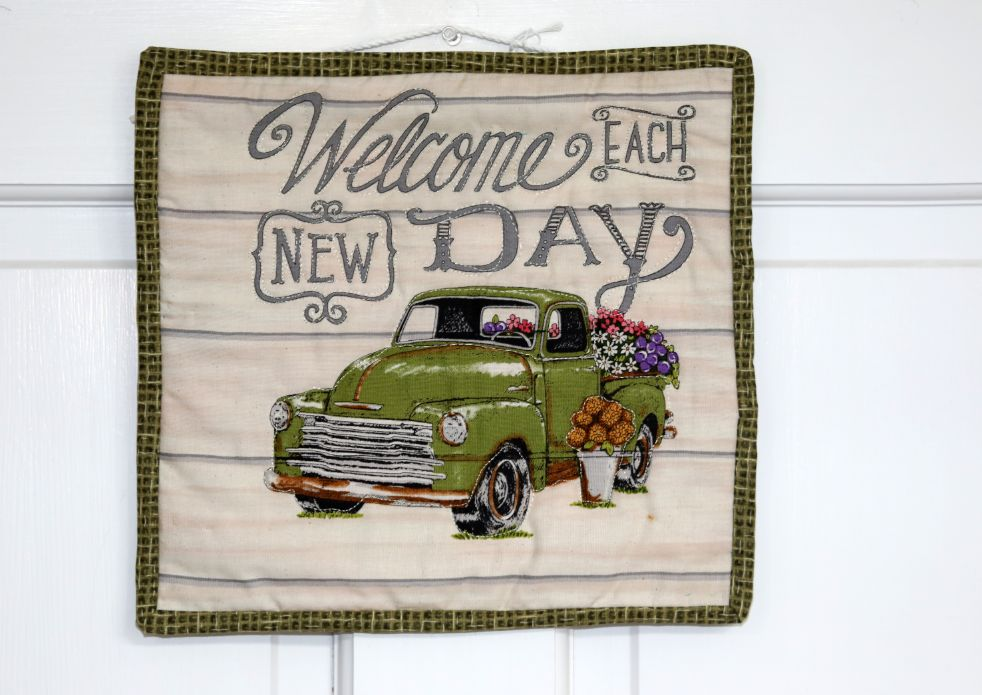 Square Quilted Wall Hanging, Welcome Each New Day | 10 inches