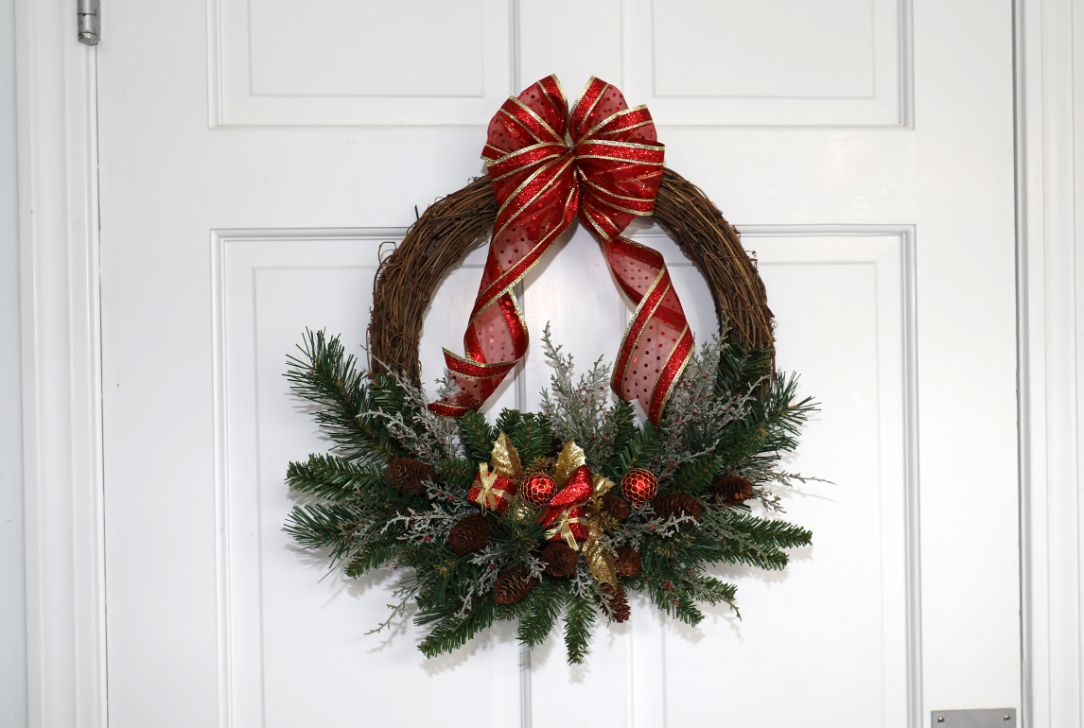 Grapevine Wreath with Holiday Gift Decorations, Natural Pinecones | 18 inch